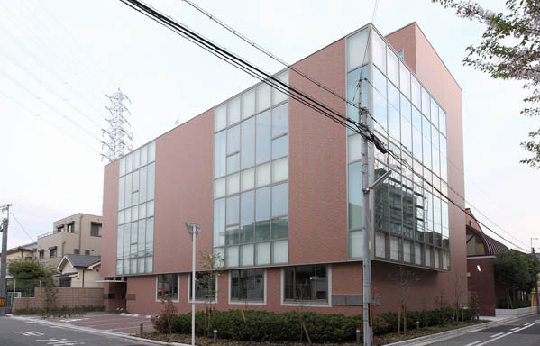 堺女子短期大学実習棟