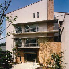 大谷学園90周年記念施設 大阪大谷大学博物館